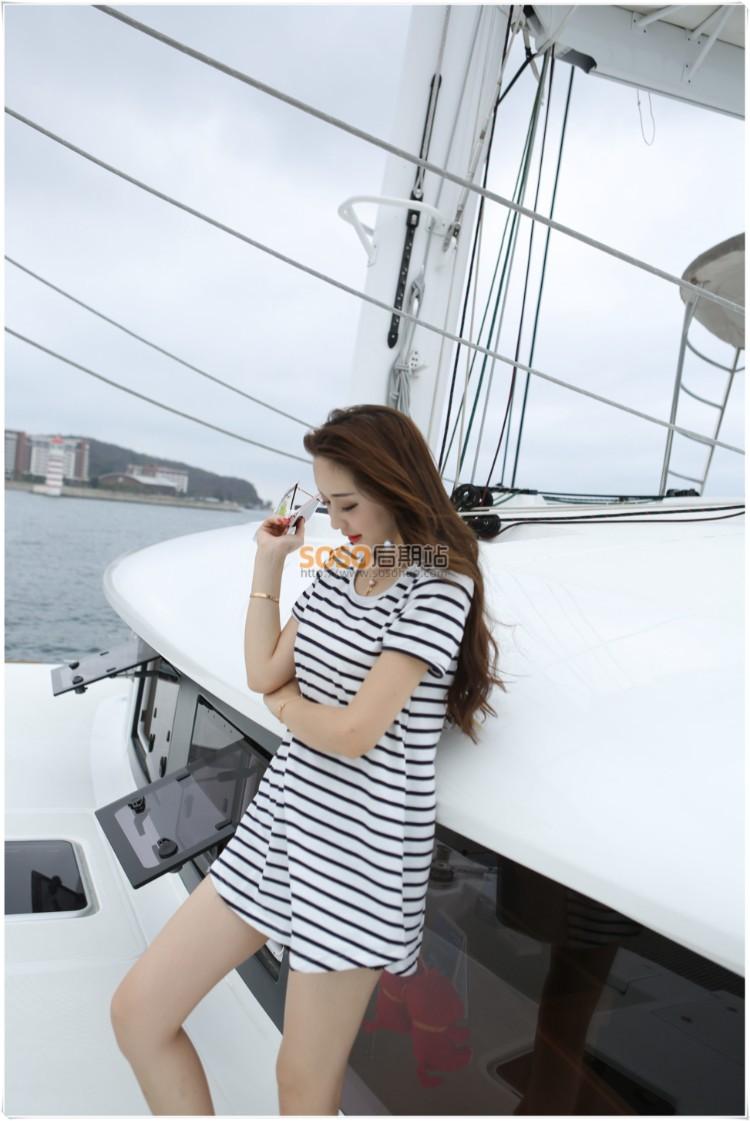 影视后期特效软件_RAW原片素材 16P游艇美女模特海风摄影原图高清下载-SOSO后期站