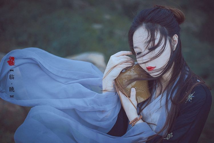 6000张仙气十足唯美古风摄影图片素材 复古女生汉服图集